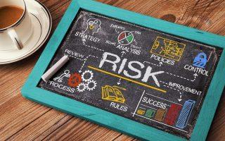 リスクマネジメント対象の範囲とその決定方法