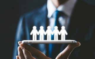 HRとは?人事部との違いや業務内容、HR Tech(HRテック)について解説